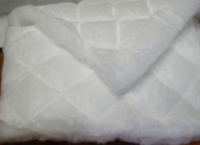 Полотно стеганное пл.200гр/м2 ш.150см (40м)