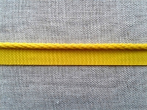 16С3896Ч-Г50 ЛЕНТА ОТДЕЛОЧНАЯ 12мм/кант 3мм, желтый (рул.25м)