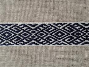 9482 ЛЕНТА ОТДЕЛОЧНАЯ ЖАККАРД белый с синим 22мм