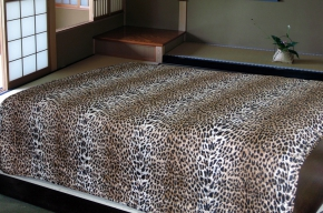 АРТ 056 Покрывало стеганое 200*220 Леопард