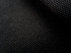 Флизелин клеевой 35гр/м2 точечное покр. черный, ш.90см (рул.100м)