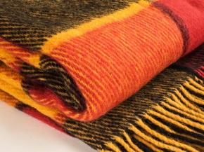 Плед 100% шерсть 170*200  цвет 31,10  красный с желтым