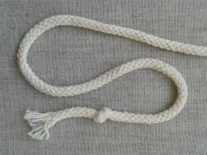 ШХ8-004-1 Шнур, D-4мм, х/б 100%, молочный